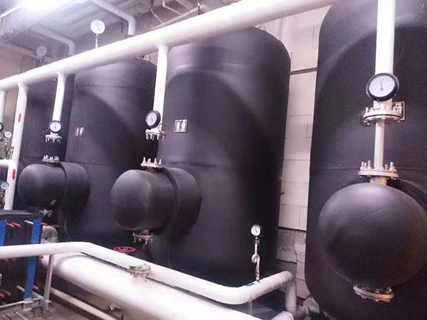 容积式换热器维修